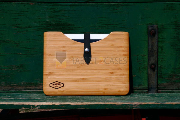 iPad 2 Bamboo Case from Blackbox