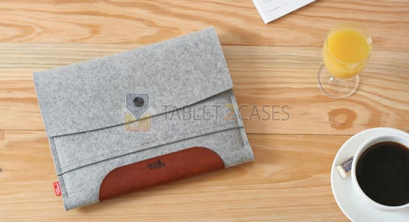 Sleeve Merino iPad case from Pack and Smooch review