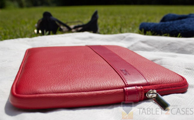 Artwizz Leather Sleeve for iPad 2