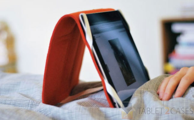 Product Design Don't Panic iPad Case & Stand