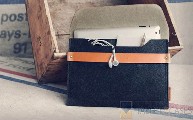 iPad Sleeve Brown from Mujjo