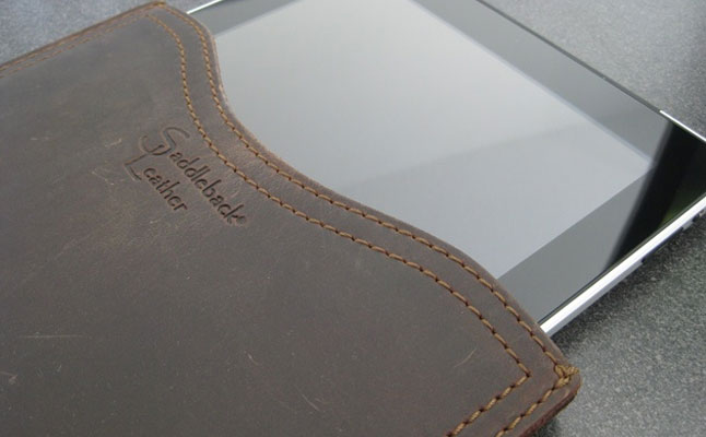 Saddleback Leather Gadget Sleeve review