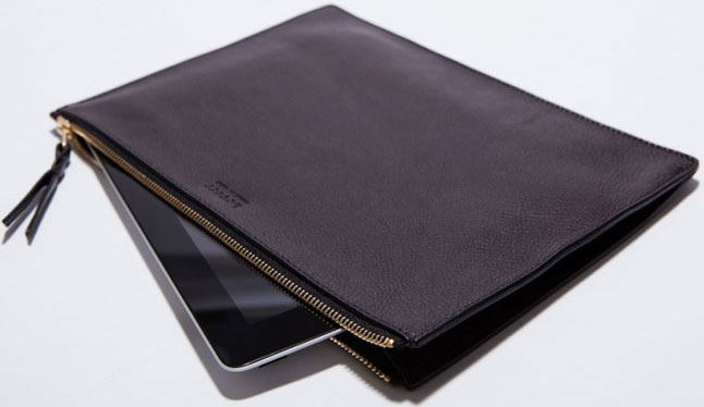 Zipper iPad Pouch from Lotuff & Clegg review