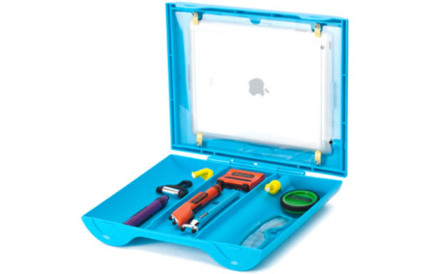 Griffin Crayola Color and Play Workstation