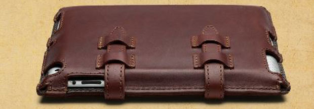 Saddleback iPad Case review