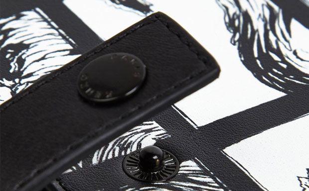 Kenzo Wave Print iPad Holder review