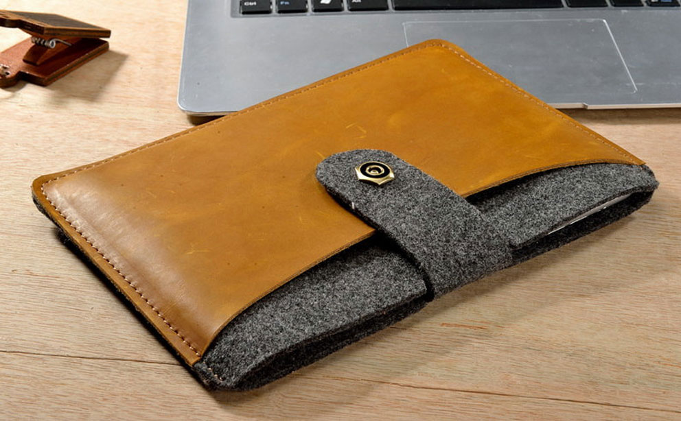 Feel Home Leather iPad Sleeve review